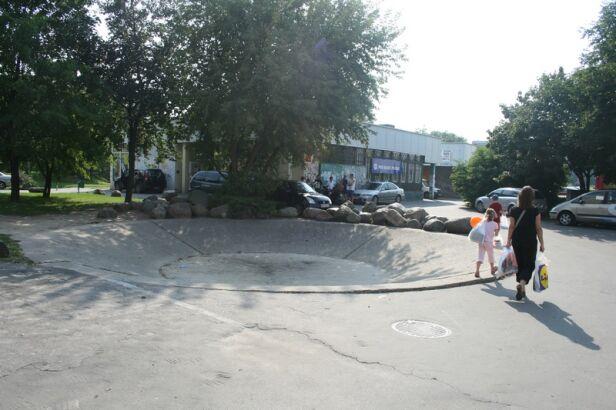 fontanna przy ul. Wiolinowej fot. Bartosz Andrejuk/tvnwarszawa.pl