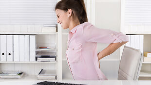 Co zrobić, gdy boli kręgosłup. Porady trenera